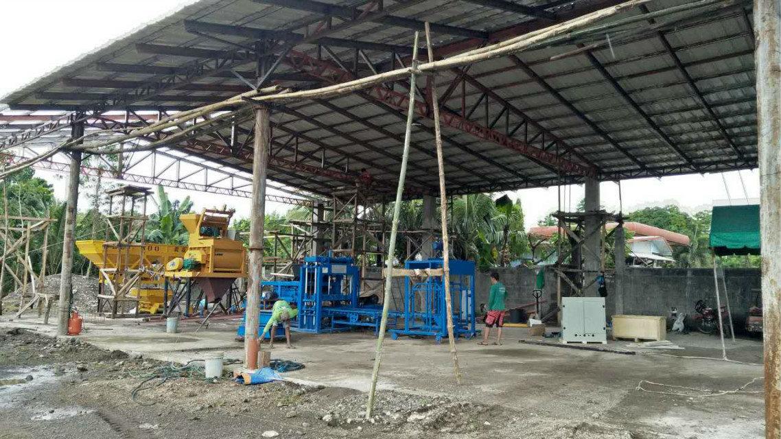 QTY4-15 block machine in Philippines (12)